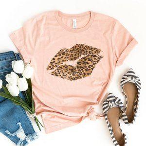 Leopard Print Lips Kiss Tee Shirt NEW PLUS SIZE